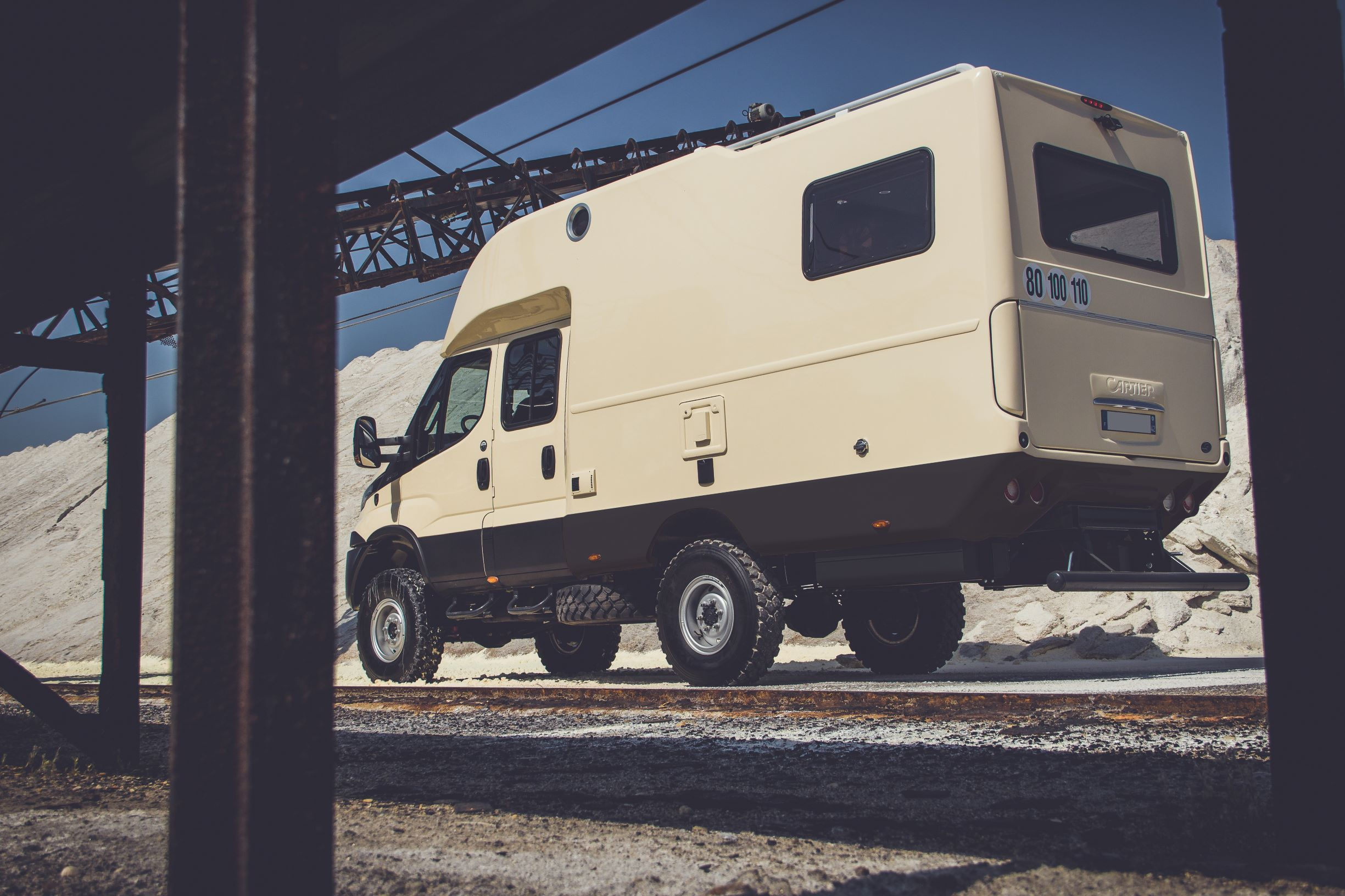 3C Cartier X-CAP camping-car Iveco Daily 4x4 Double cab