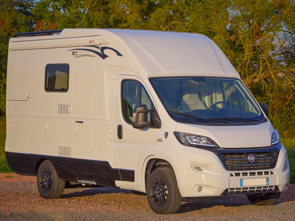Camping-car route FIAT Ducato Campers 3C Cartier FLASH II