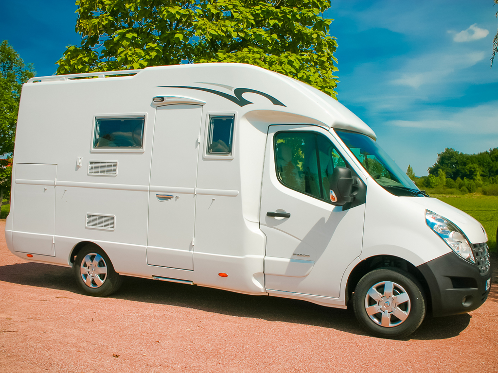 Camping-car route RENAULT Master Camper 3C Cartier
